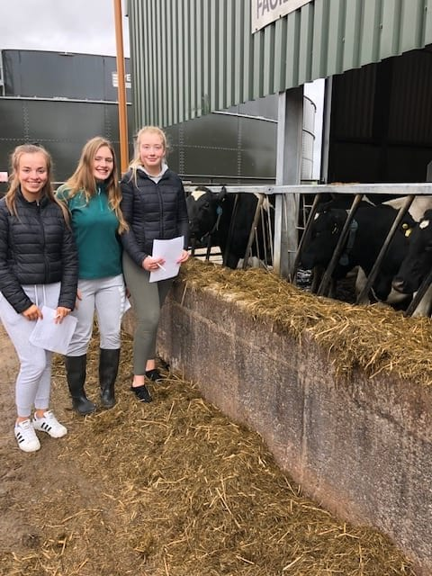 Chloe Walsh, Edel O'Connor and Yvonne Leahy at Pallaskenry Agricultural College